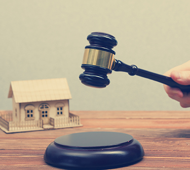 How do i sell my house at auction?