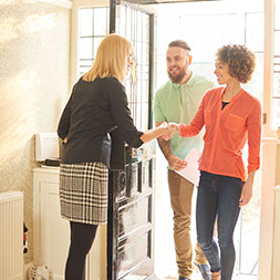 Ten Questions You Should Always Ask At A Property Viewing